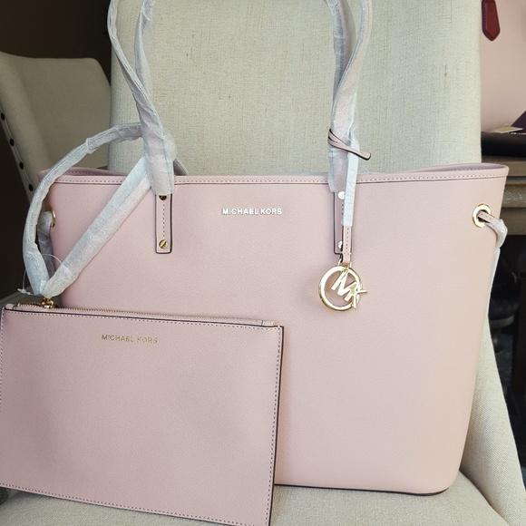 58413ff580be9 NWT Michael Kors drawstring tote bag purse Pink MK